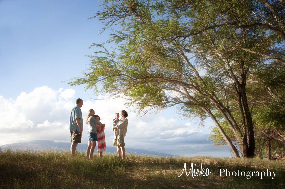 Maui Photography – Holiday Family Portrait Season – Mieko Photography
