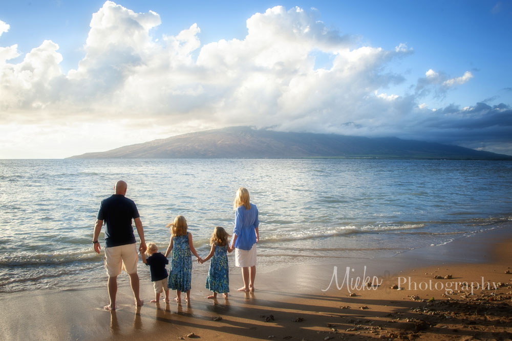 Maui Family Portrait Season – Maui Photographer – Mieko Photography