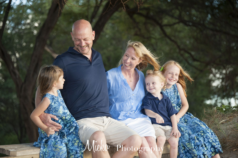 Maui Family Portrait - Mieko Photography
