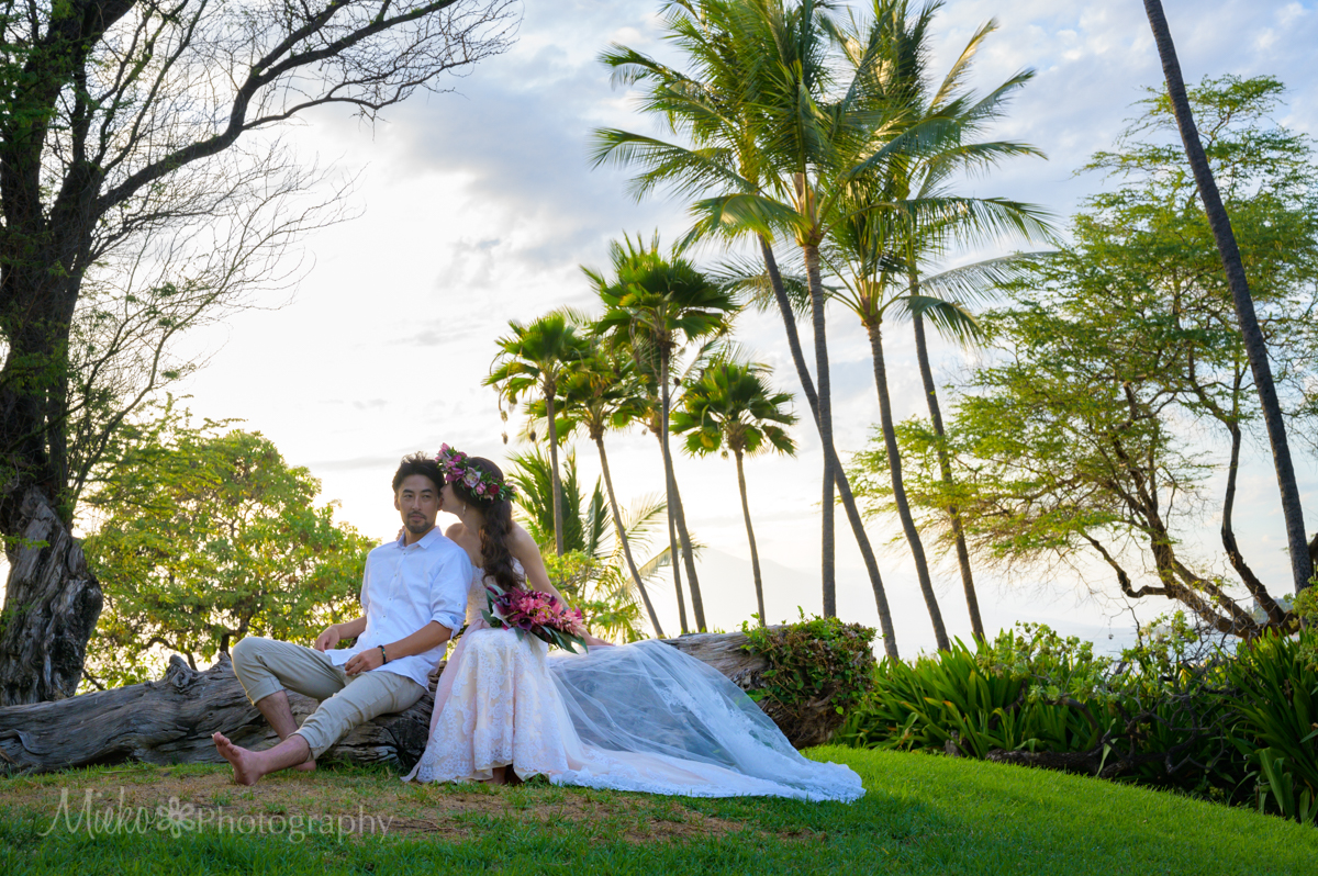 Romantic Elopement Wedding Shoot at Mokapu Beach, Wailea, Maui