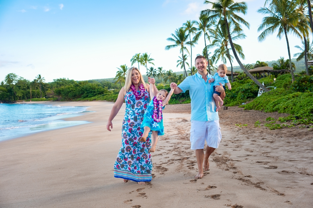 Maui Family Photography: a morning portrait session in Makena with Hamilton Family